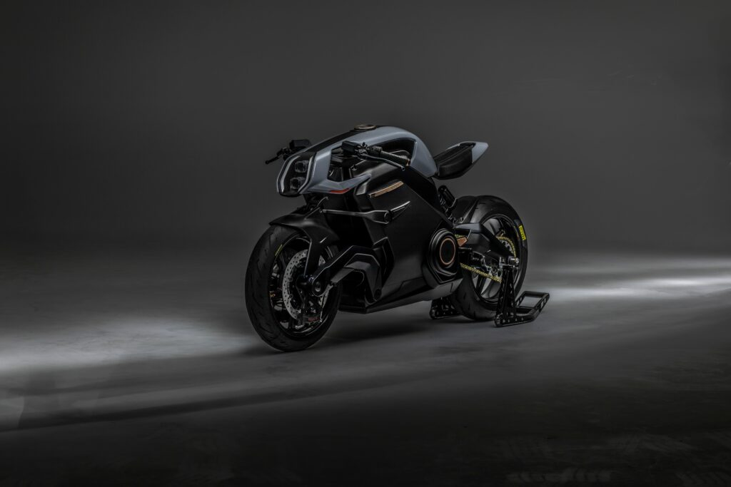 Arc Vector production on target - Bike Middle East